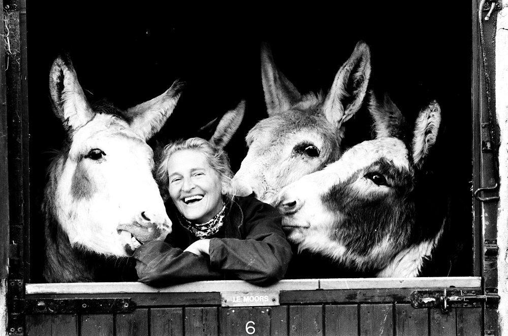 Dr Svendsen with donkeys in 1986. Photo copyright: Mike Hollist.