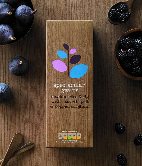 spectacular grains – blackberries & hazelnut